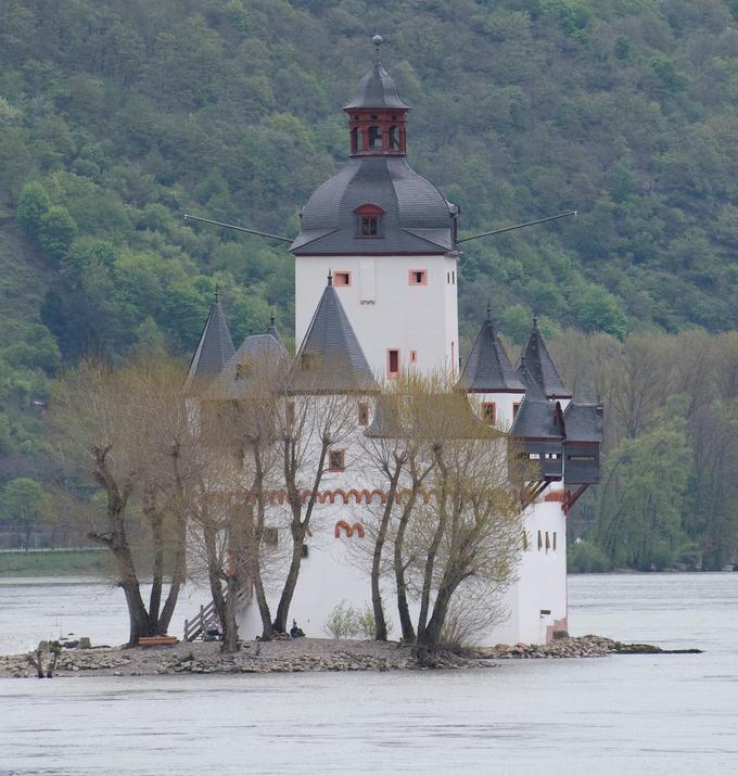 Burg Pfalzgrafenstein (Pfalzgrafenstein Castle) on the Rhine River in Germany